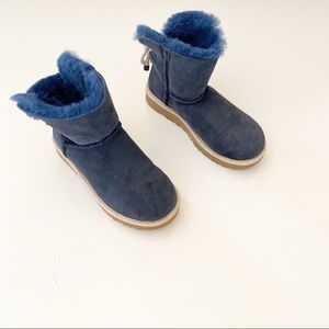 Ugg Selene Bow Short Suede Mini Boots Navy SZ 7